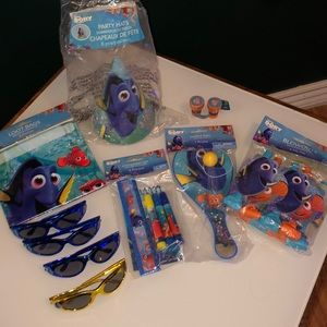 DISNEY Finding Dory Party Favors